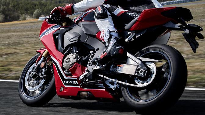 CBR1000RR - Présentation - Sportive - Gamme - Motos - Honda